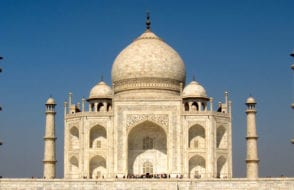 World heritage Taj Mahal History - Story Behind the Symbol of Love Taj