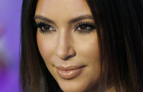 Naughty American Celebrity Kim Kardashian hot photos