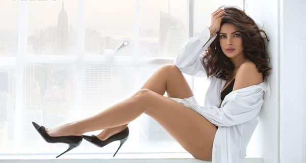 Priyanka Chopra hot Photos with little Biography : 20 best looking