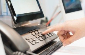 10 Advantages of Switching to a Cloud based VOIP phone System