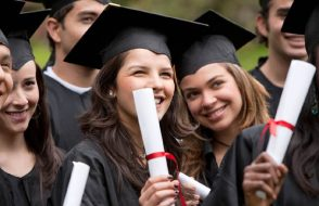 7 Top Tips to Launch a Business for Graduate Students